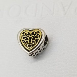 Pandora Locked Hearts Charm with 14K Gold new